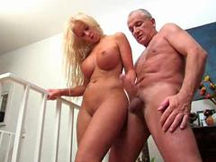 Blonde bimbo Teen Gives an Old Man A Hand