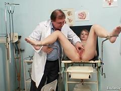 Teen Ema takes a gynos speculum