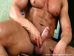 Super muscular hunk is jerking his dick off