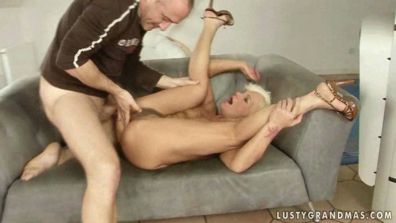 Blonde guy enjoys fucking a horny milf