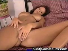 Wendy playing her pussy