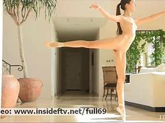 Claire _ Naked ballerina dancing