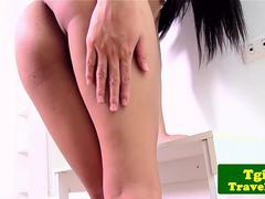 Asian ladyboy Amay loves to show her ass