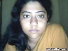 Chubby Indian Girl Teasing Her Body