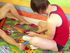 Twinks play with toys and suck dicks