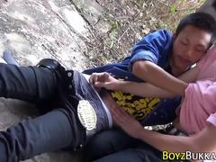 Asin twink sucks outdoors