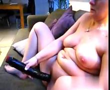 Mature fat wife with glasses toys her pussy