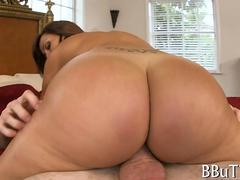 Big ass MILF riding dick like a porn star