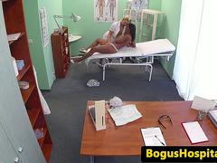 Ebony patient squirts during her examination