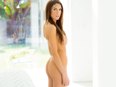 Temptress August Ames has super erotic sex
