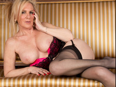 Luscious Gilf Stripping and Fingering Her Aged Twat